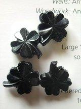 よつ葉のクローバー  ヴィンテ―ジボタン ブラックカラー