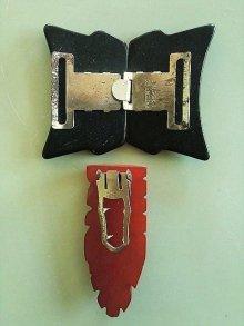 他の写真1: クリップブローチ&バックルのセット ベークライト アクセサリー