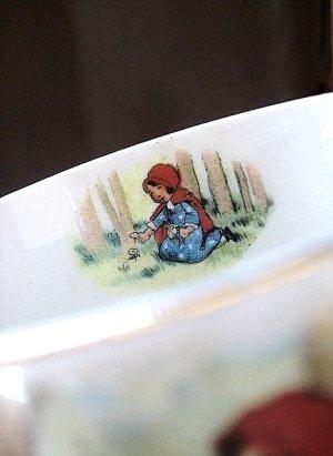 画像2: 赤ずきんちゃんとオオカミのカップ アンティーク 英国