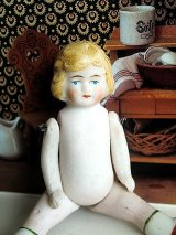 赤い靴の女の子 オールビスク 人形遊び アンティーク ドールハウス