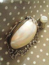 マザーオブパール 白い貝のシンブルケース シェル パース