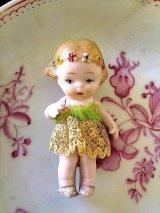 花かんむりの女の子 オールビスク 5,5cm HERTWIG アンティークドール